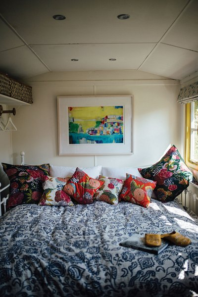 The superkingsize bed with kantha quilt